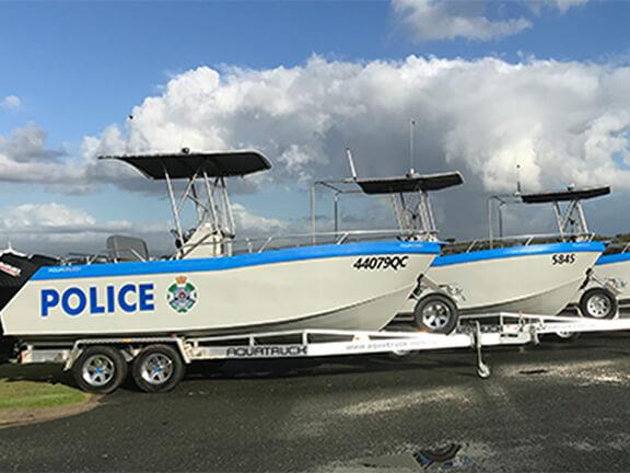 police-bullsharks-boat